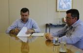 Documentos foram assinados pelo Reitor da UCDB, Pe. Ricardo Carlos e, também, pelo diretor presidente da Escola de Governo, Wilton Paulino Júnior.