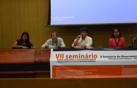 Mesa de abertura dos seminários