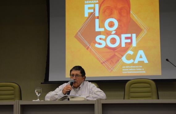 Professor da Universidad Pontificia Bolivariana (UPB), de Medelin (Colômbia), Dr. Gonzalo Soto Posada