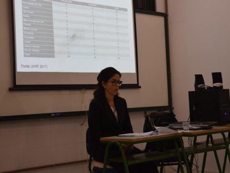 Ana Paula durante a defesa da dissertação