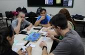 Acadêmicos de Direito se dividiram em grupos para jogar o Geopolítica Quiz