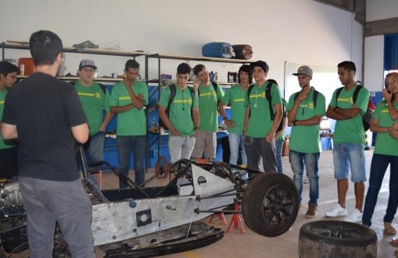 Alunos conheceram o projeto extensão Fórmula Universitária
