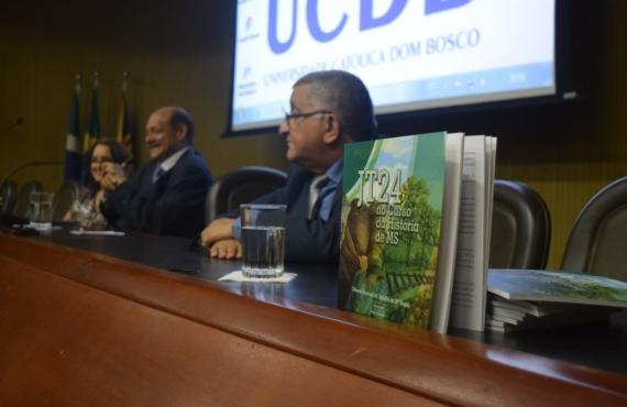 Desembargadores do TRT prestigiaram o lançamento da publicação