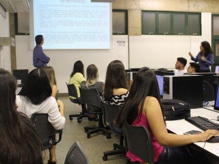 Acadêmicos de Ciências Contábeis participaram de treinamento específico para orientar contribuintes